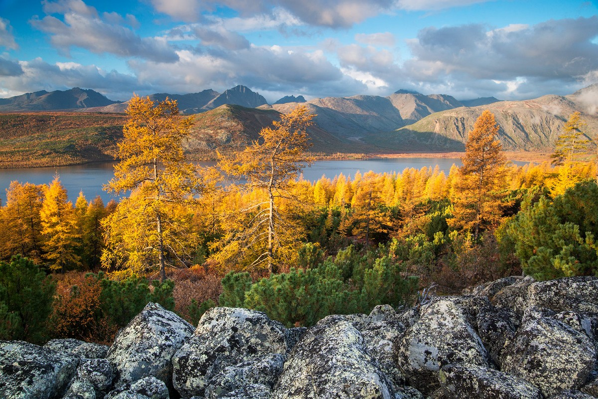 beautiful-autumn-scenery-of-magadan-in-the-photos-alexey-kharitonov-15
