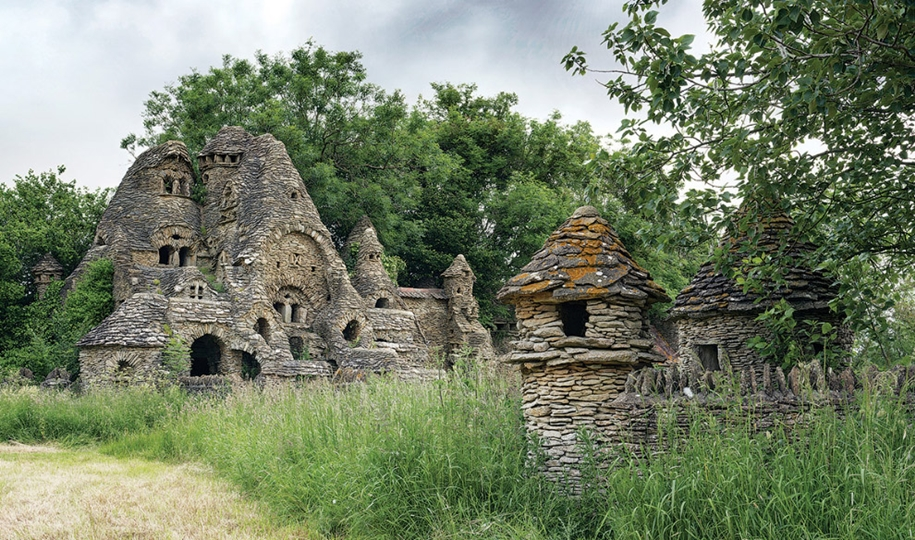 beautiful-photos-of-abandoned-places-in-europe-06