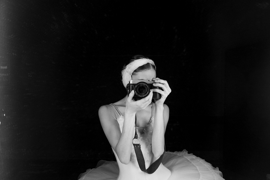 behind-the-scenes-of-the-russian-ballet-photos-ballerina-dariani-volkova-10
