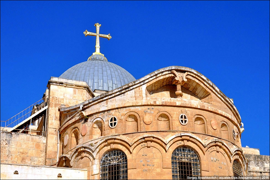 church-of-the-holy-sepulchre-in-jerusalem-04