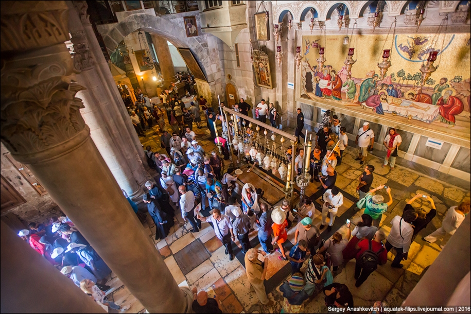 church-of-the-holy-sepulchre-in-jerusalem-23