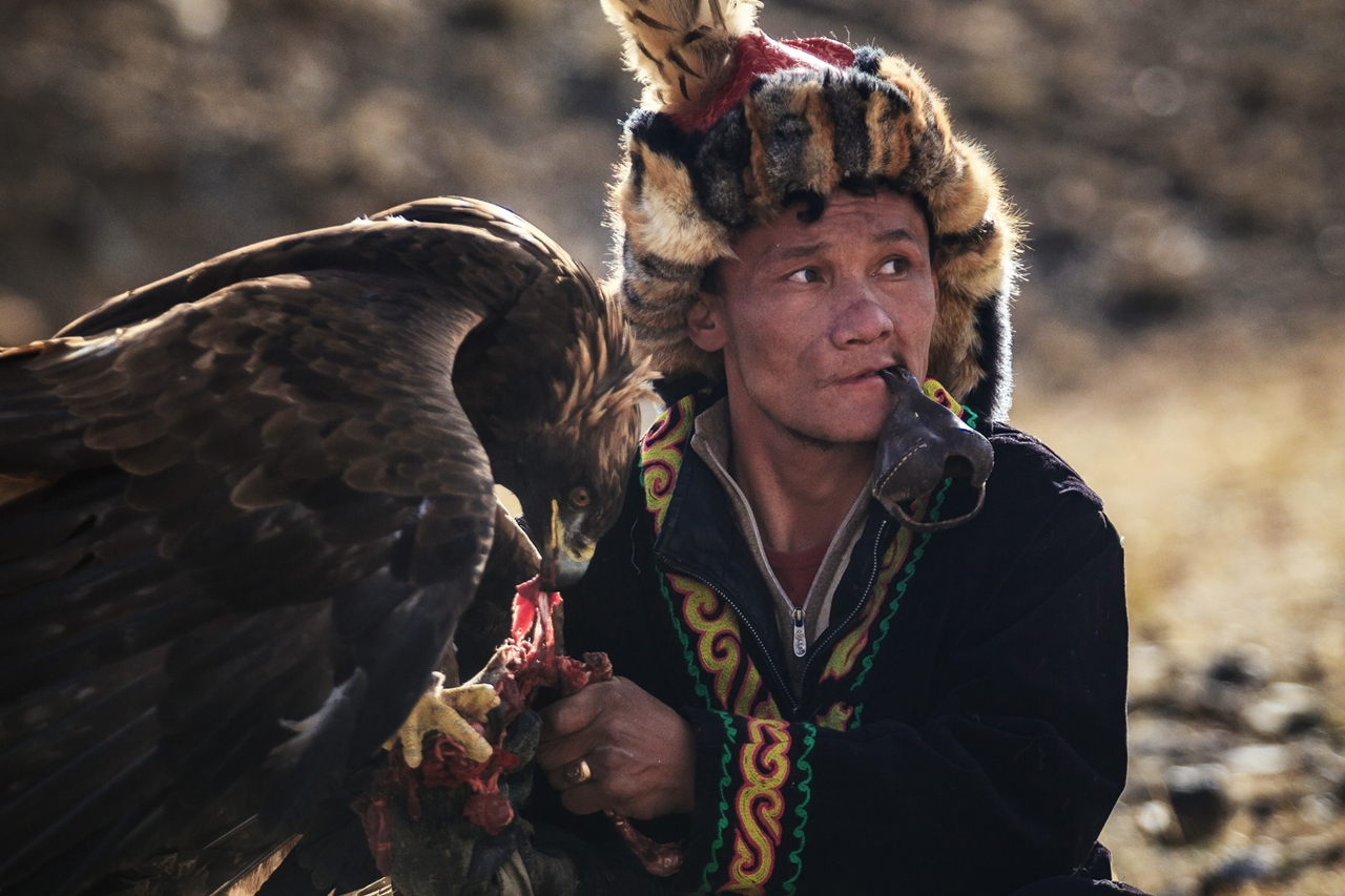 festival-golden-eagle-in-mongolia-08