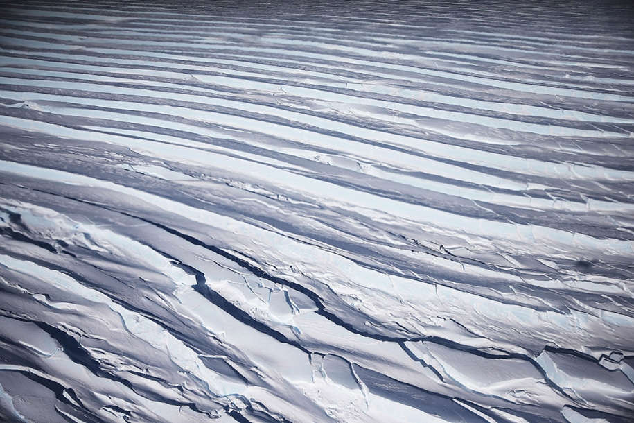 flying-above-antarctica-07