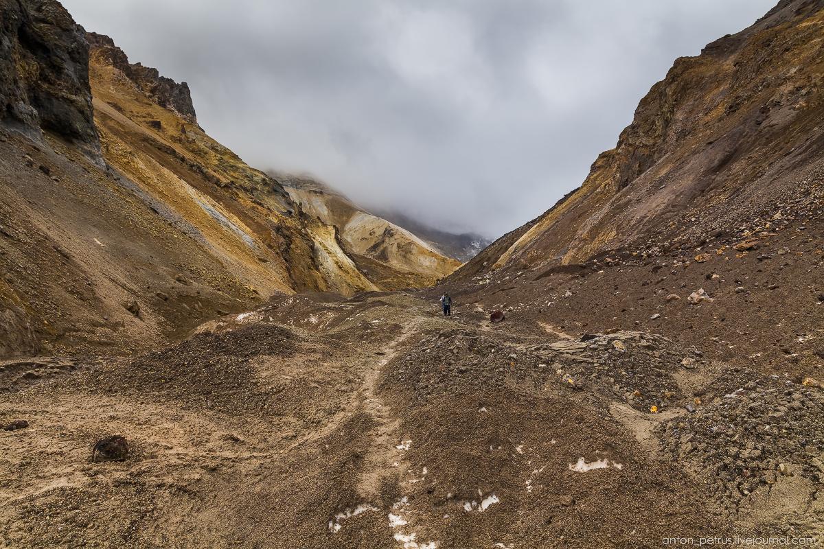hell-mutnovsky-volcano-01