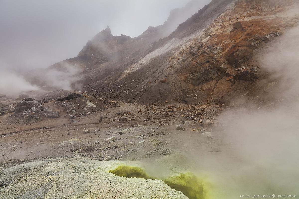 hell-mutnovsky-volcano-06