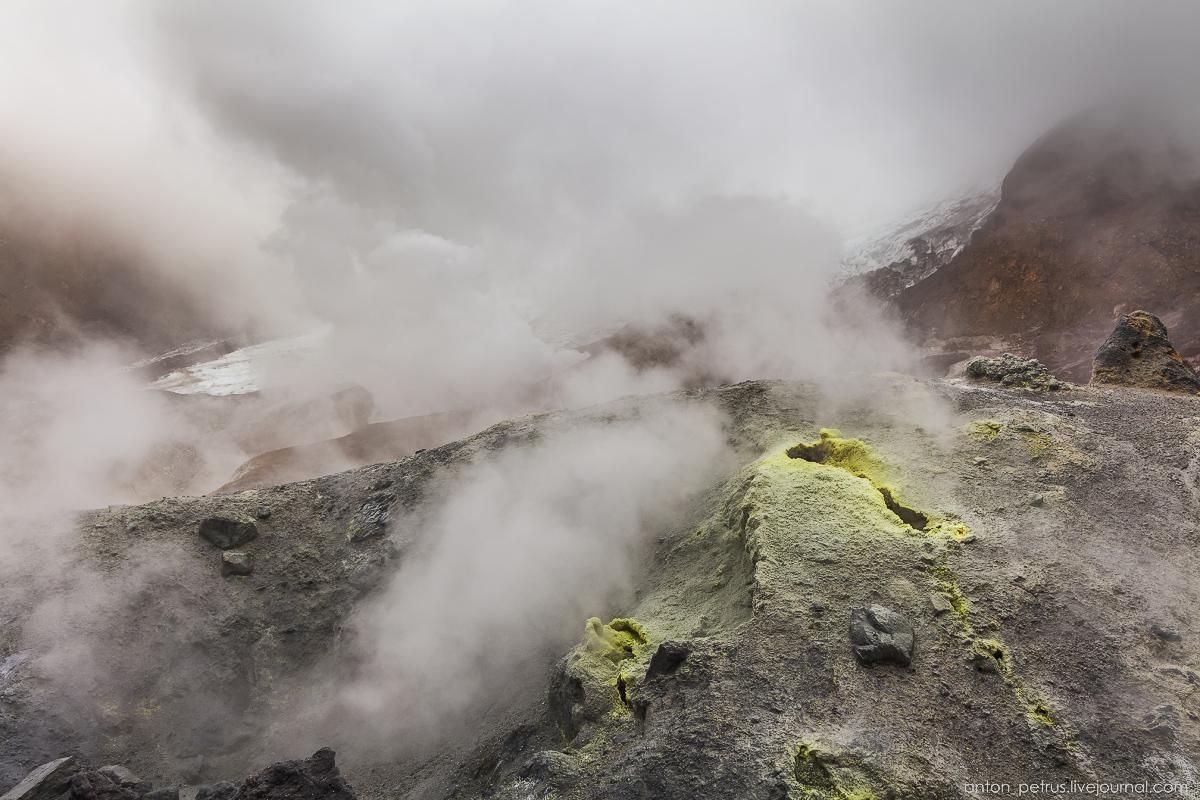 hell-mutnovsky-volcano-08