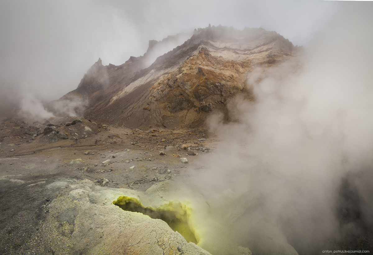 hell-mutnovsky-volcano-10