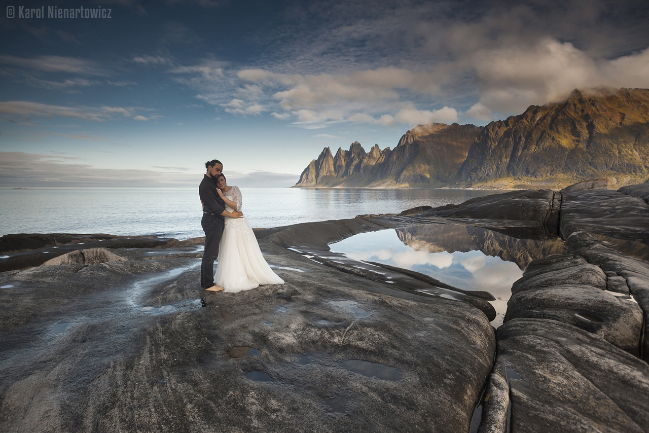 honeymoon-in-photos-bride-on-the-background-of-stunning-scenery-07