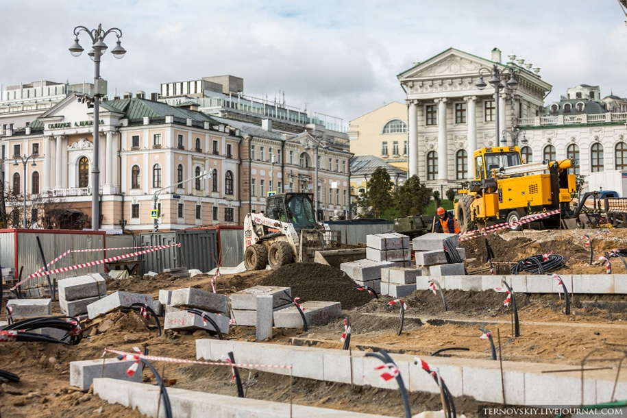 how-to-put-the-monument-to-prince-vladimir-04