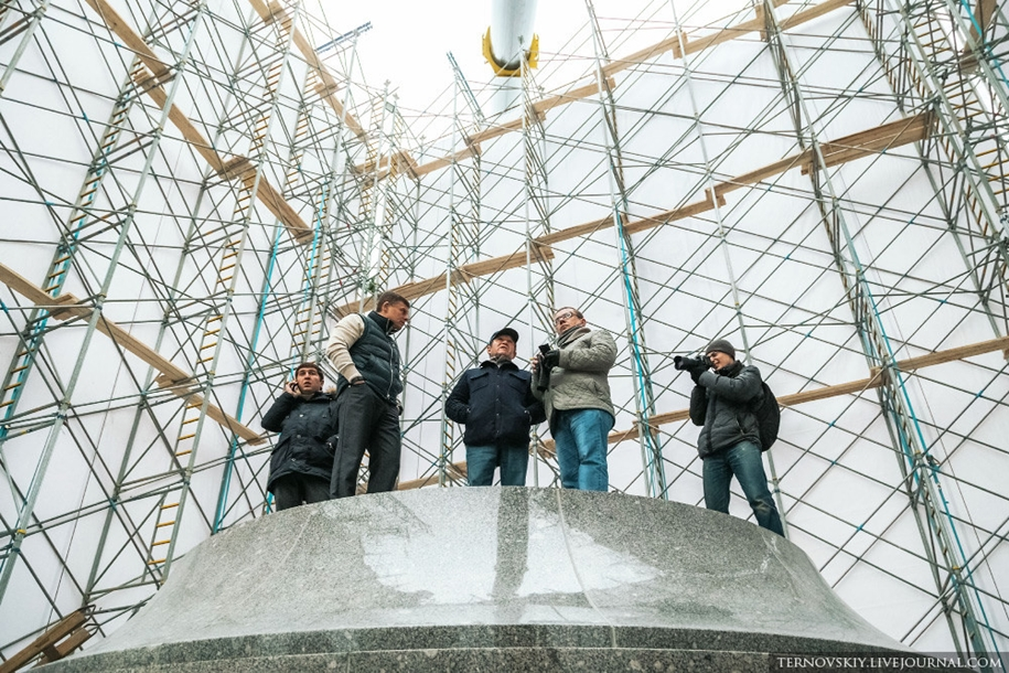 how-to-put-the-monument-to-prince-vladimir-24