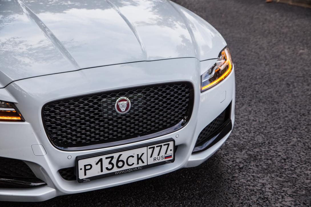 jaguar-xf-03