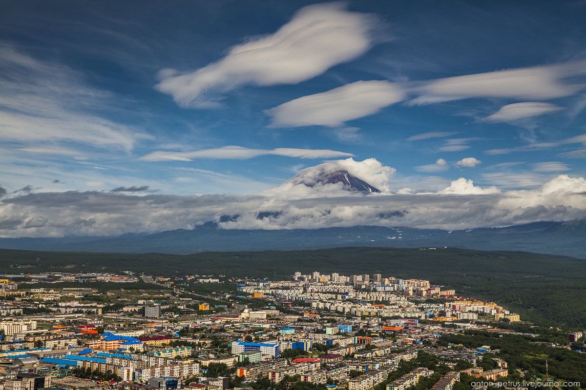 kamchatka-the-river-is-icy-02