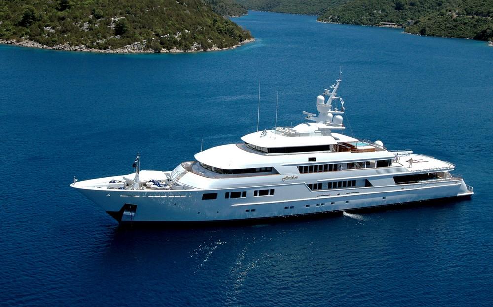 Роскошные яхты — олицетворение красоты, свободы и символ обеспеченности