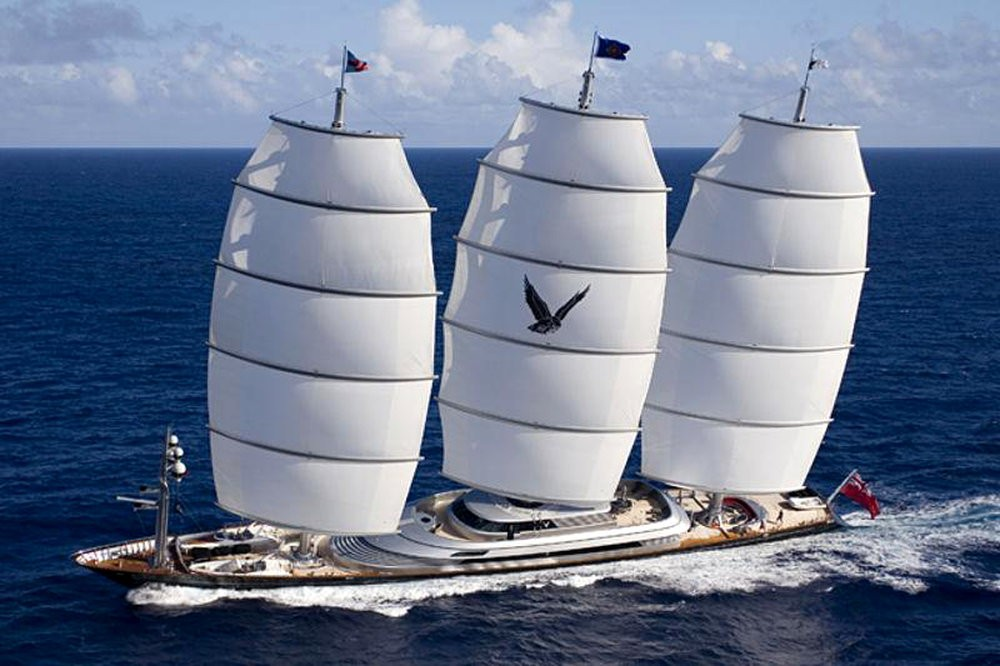 luxury-yacht-the-embodiment-of-beauty-freedom-and-a-symbol-of-security-05
