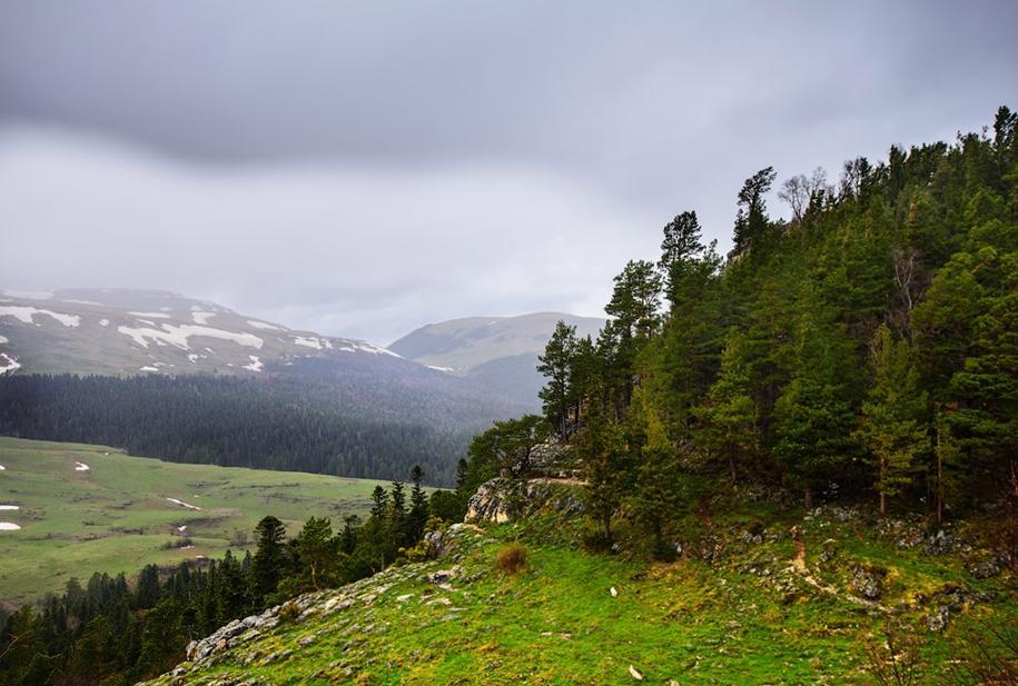 plateau-lago-naki-10