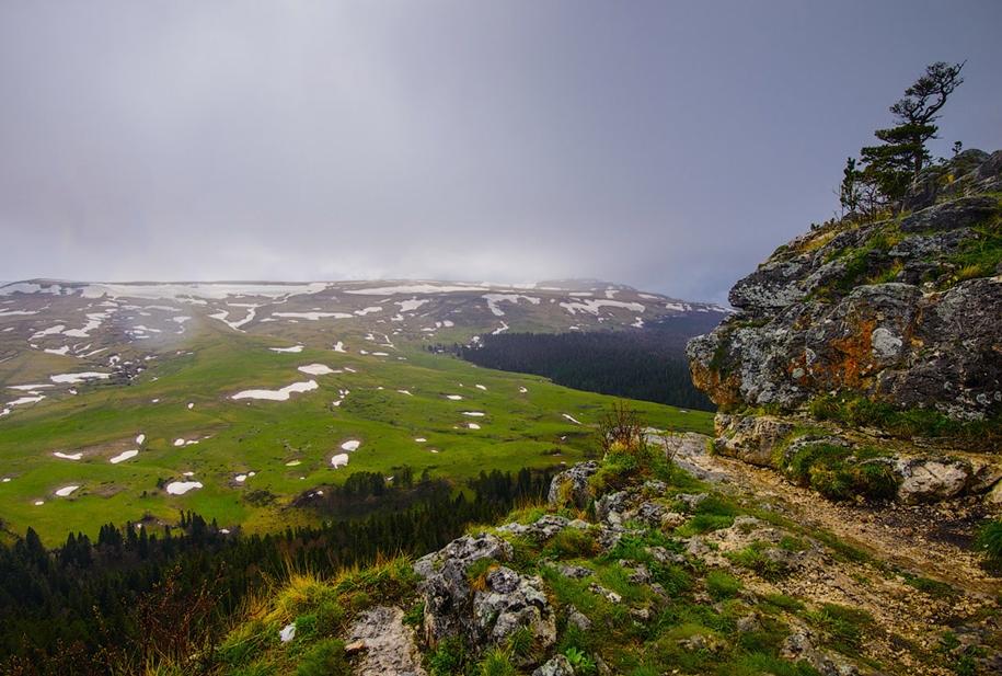 plateau-lago-naki-12
