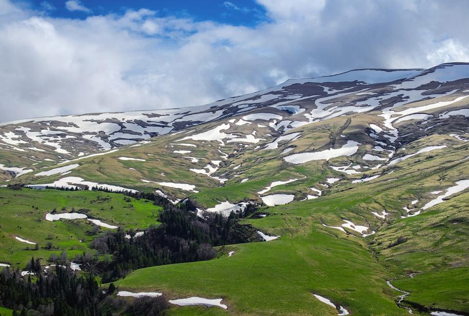 plateau-lago-naki-26