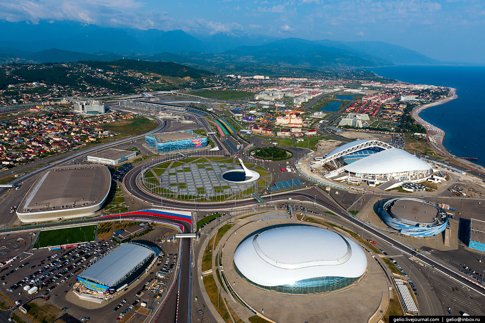sochi-from-the-height-of-00