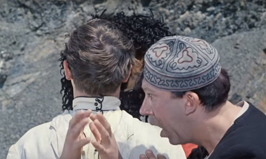 sorry-for-the-bird-how-gaidai-shot-the-famous-scene-in-the-caucasian-captive-04