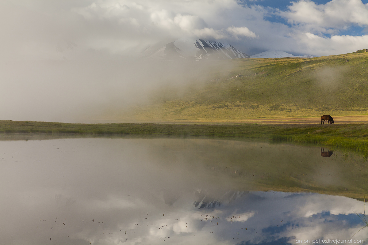 the-ukok-plateau-white-fogs-07