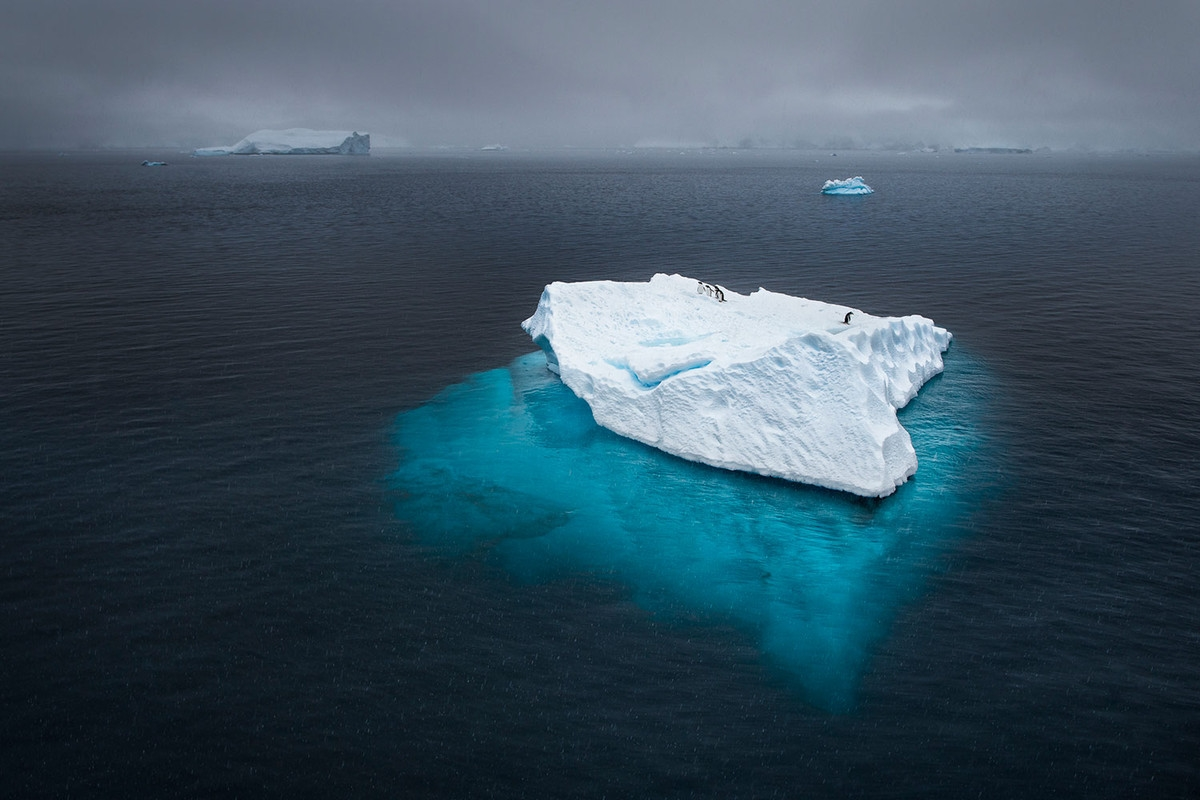 the-harsh-and-magnificent-antarctica-08