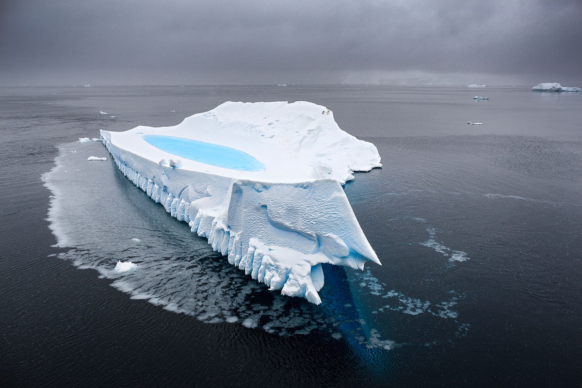 the-harsh-and-magnificent-antarctica-16