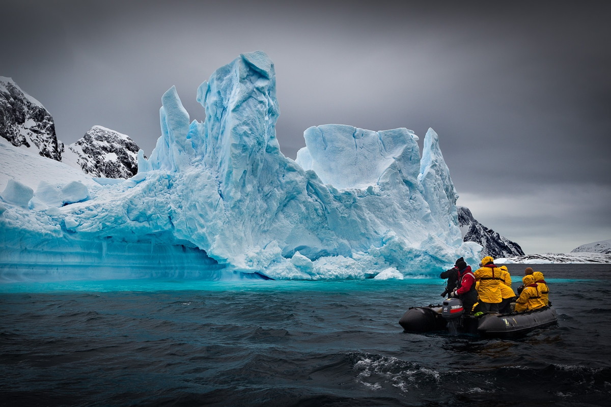the-harsh-and-magnificent-antarctica-26