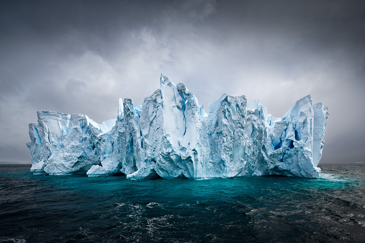 the-harsh-and-magnificent-antarctica-27