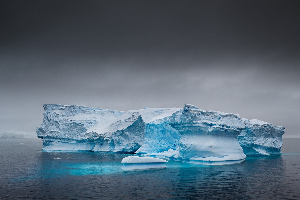 the-harsh-and-magnificent-antarctica-28