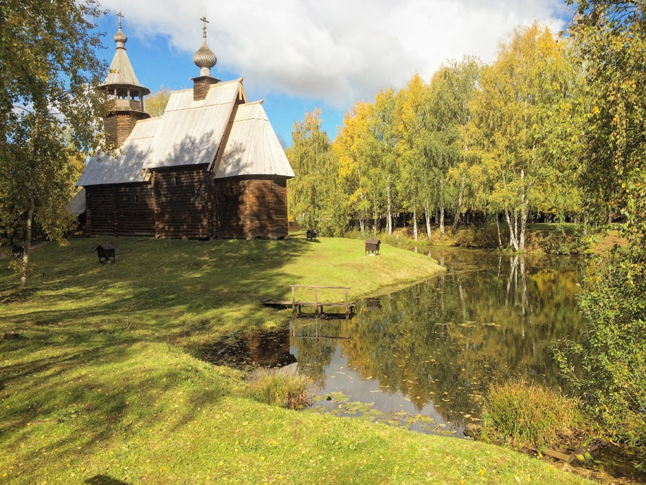 the-wooden-architecture-museum-called-kostroma-sloboda-04
