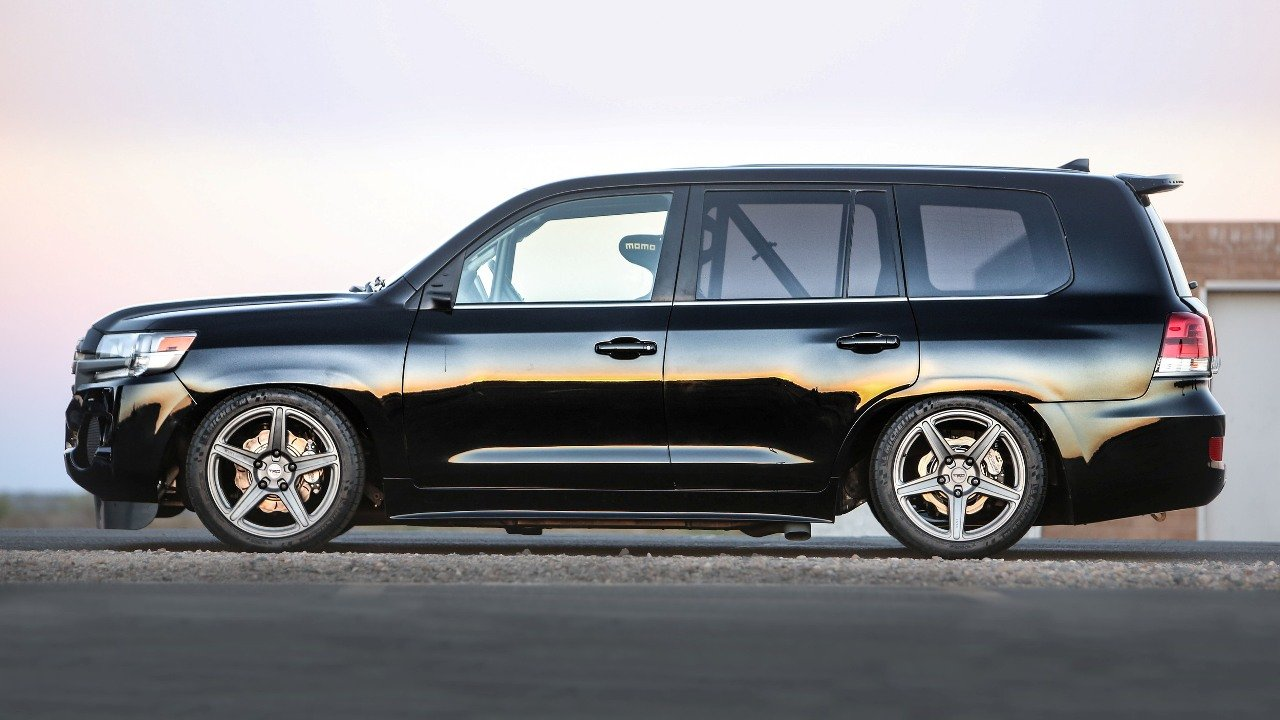 toyota-did-the-2000-strong-toyota-land-cruiser-speed-02