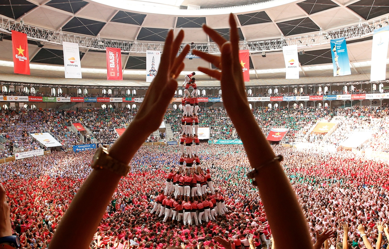 human-towers-in-spain-00