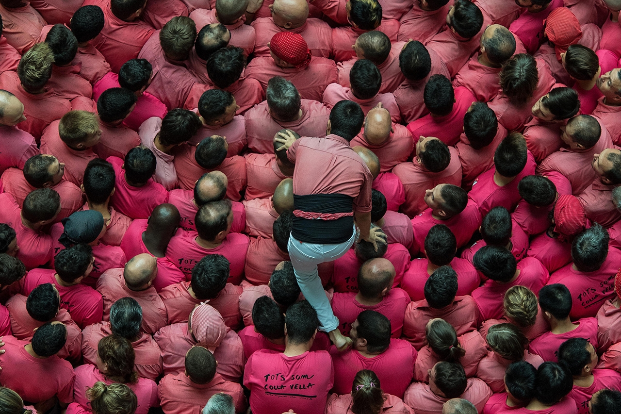 human-towers-in-spain-04