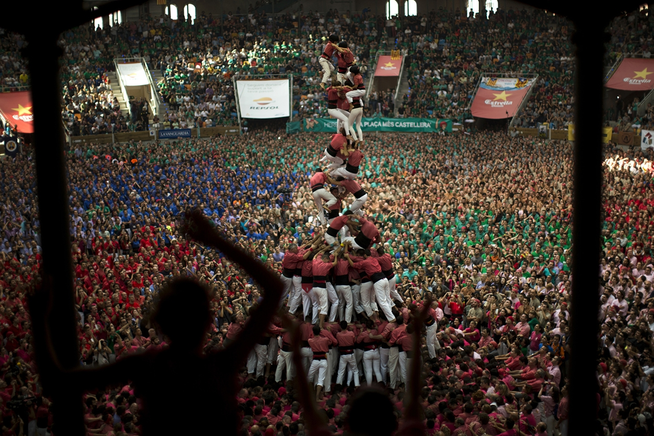 human-towers-in-spain-07
