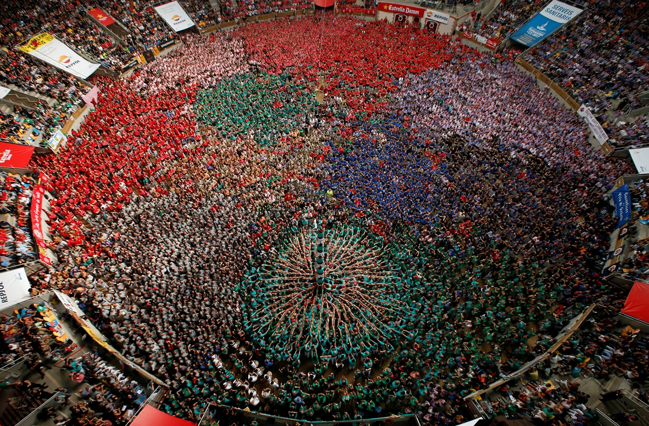 human-towers-in-spain-09