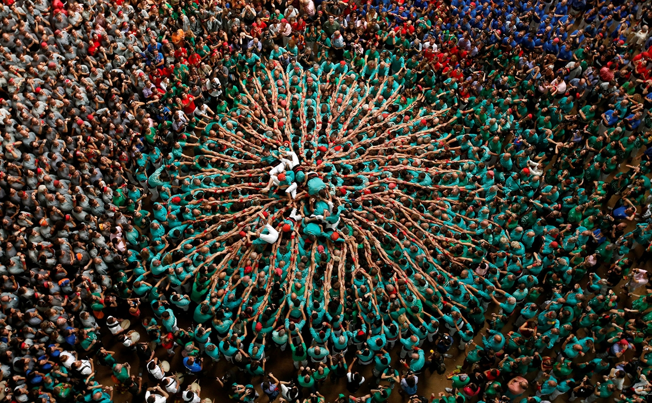 human-towers-in-spain-14