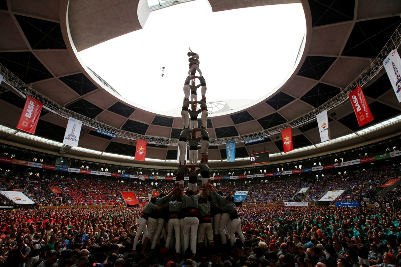 human-towers-in-spain-16