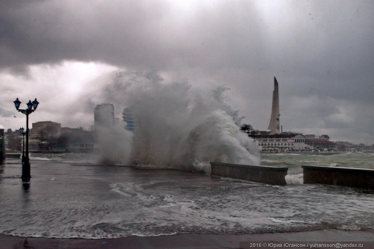 storm-in-sevastopol-04