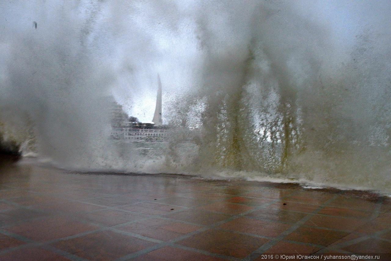storm-in-sevastopol-05