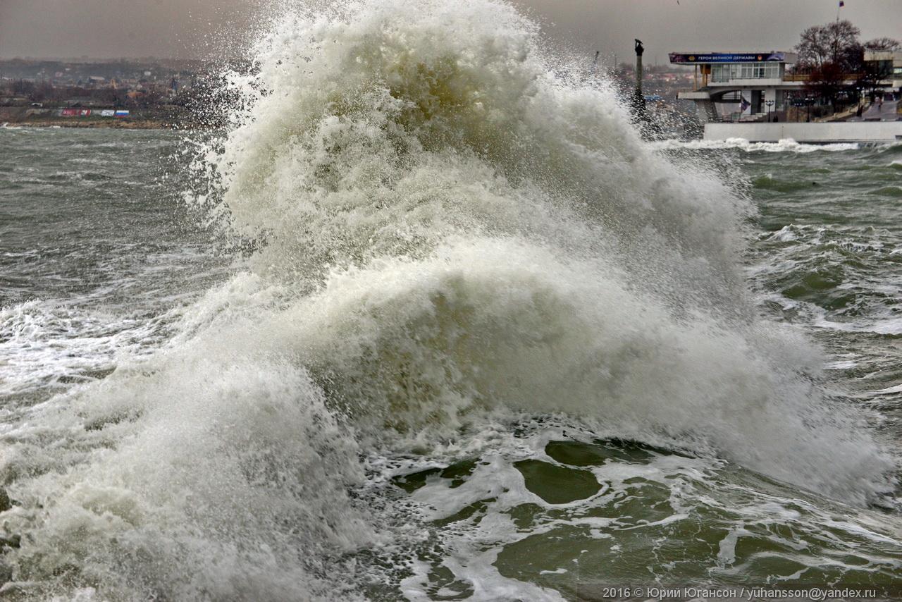 storm-in-sevastopol-10