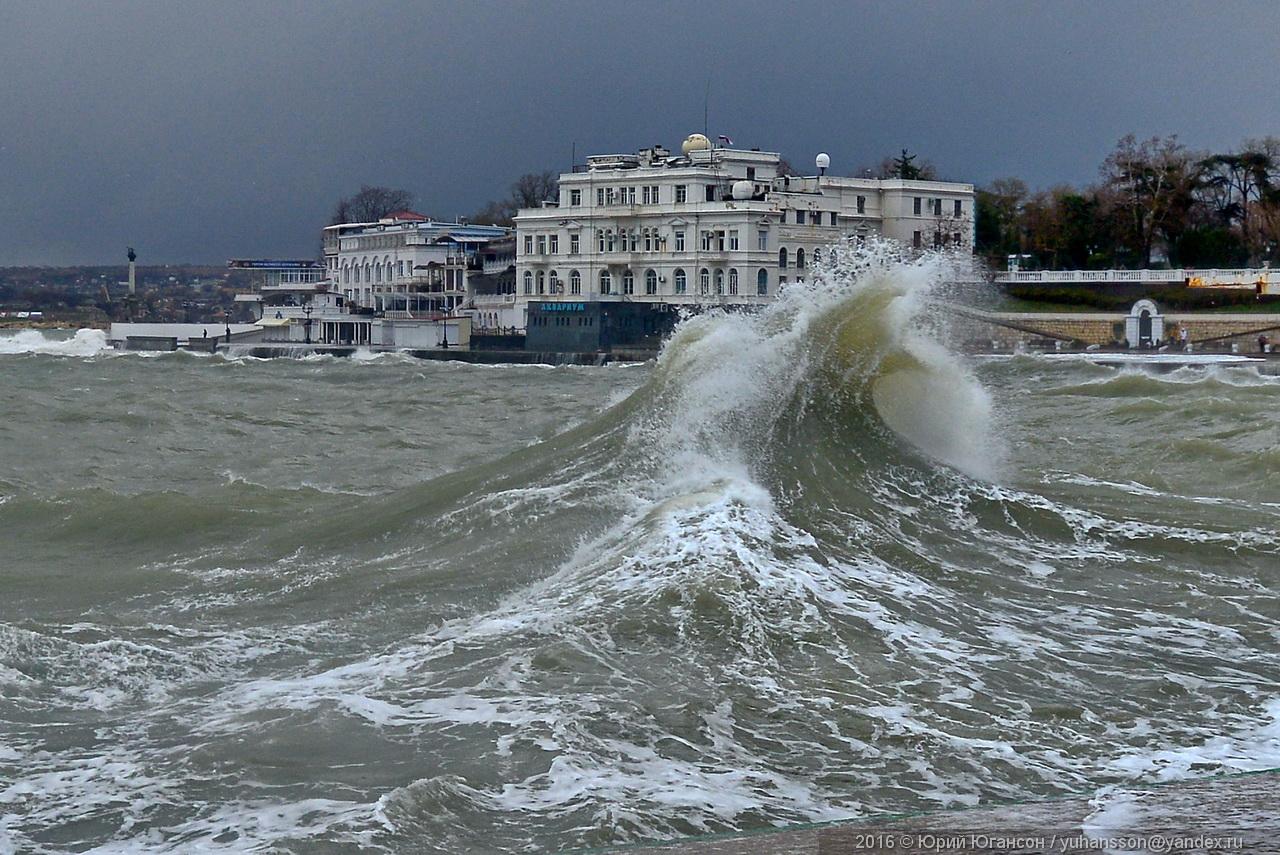 storm-in-sevastopol-16