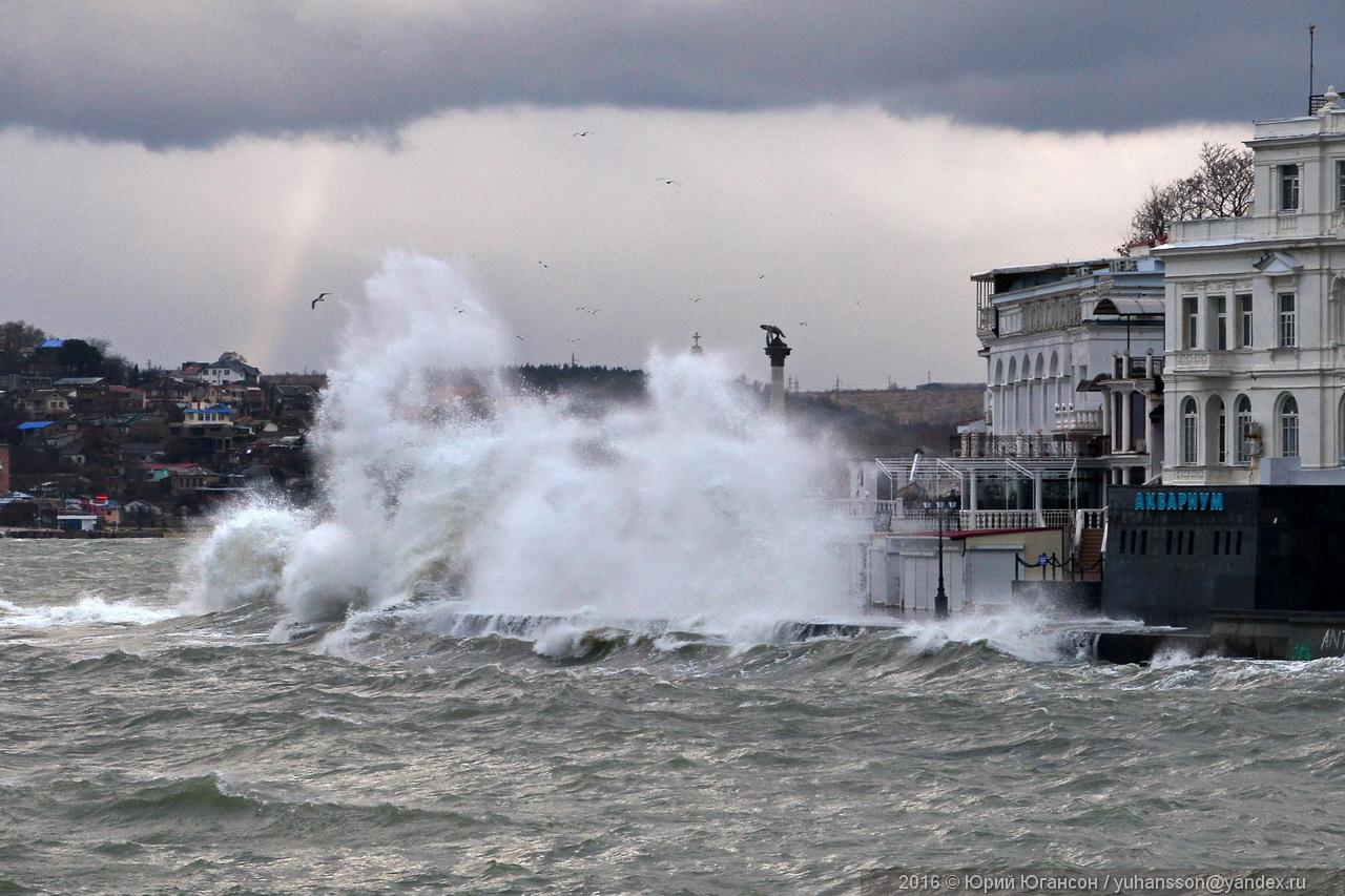 storm-in-sevastopol-17