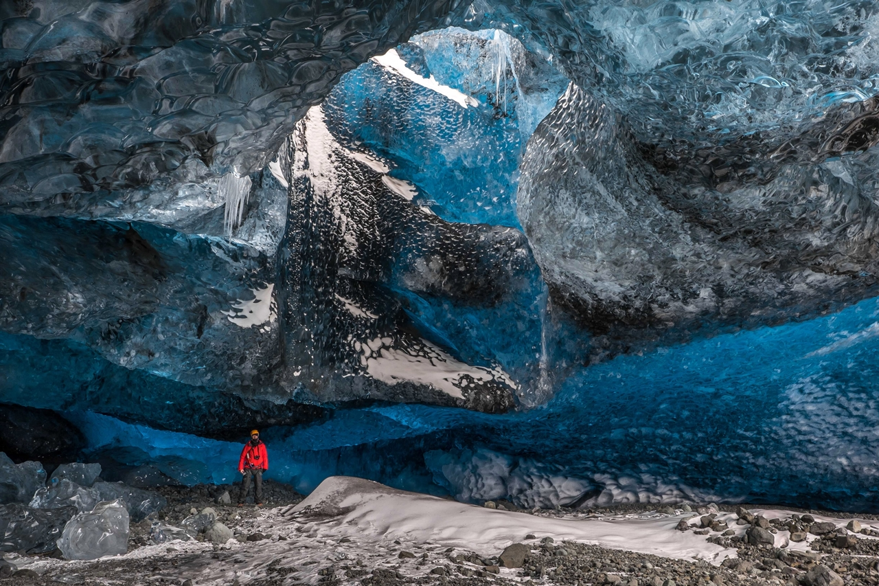 the-largest-glacier-in-europe-11
