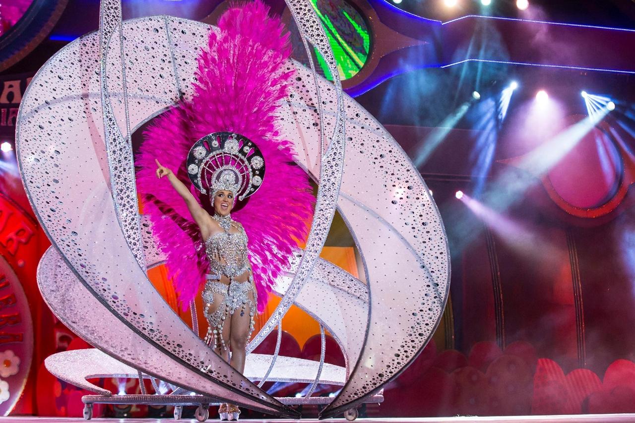 Карнавалы 2017 года со всего мира