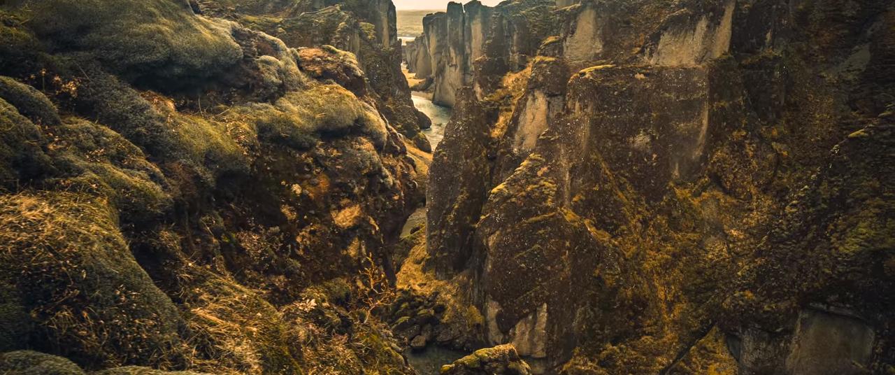 Видео о природе волшебного острова под названием Исландия