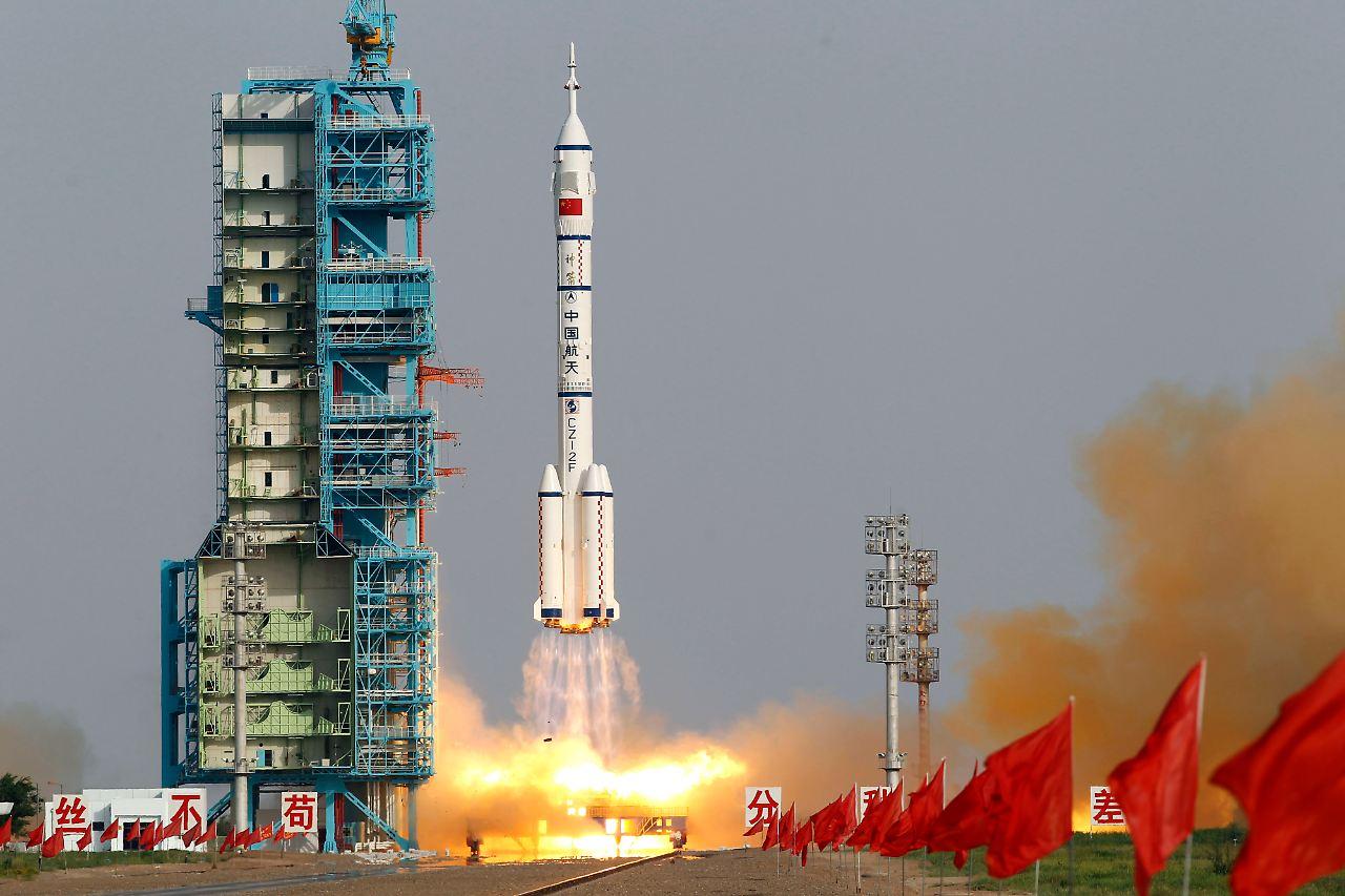 Красивые фотографии со старта разных космических кораблей