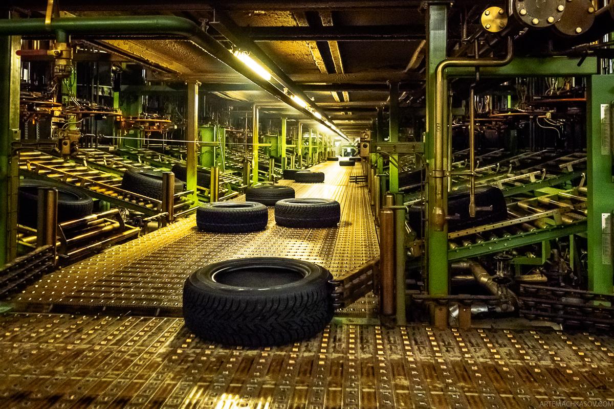 Как делают автомобильные шины в России