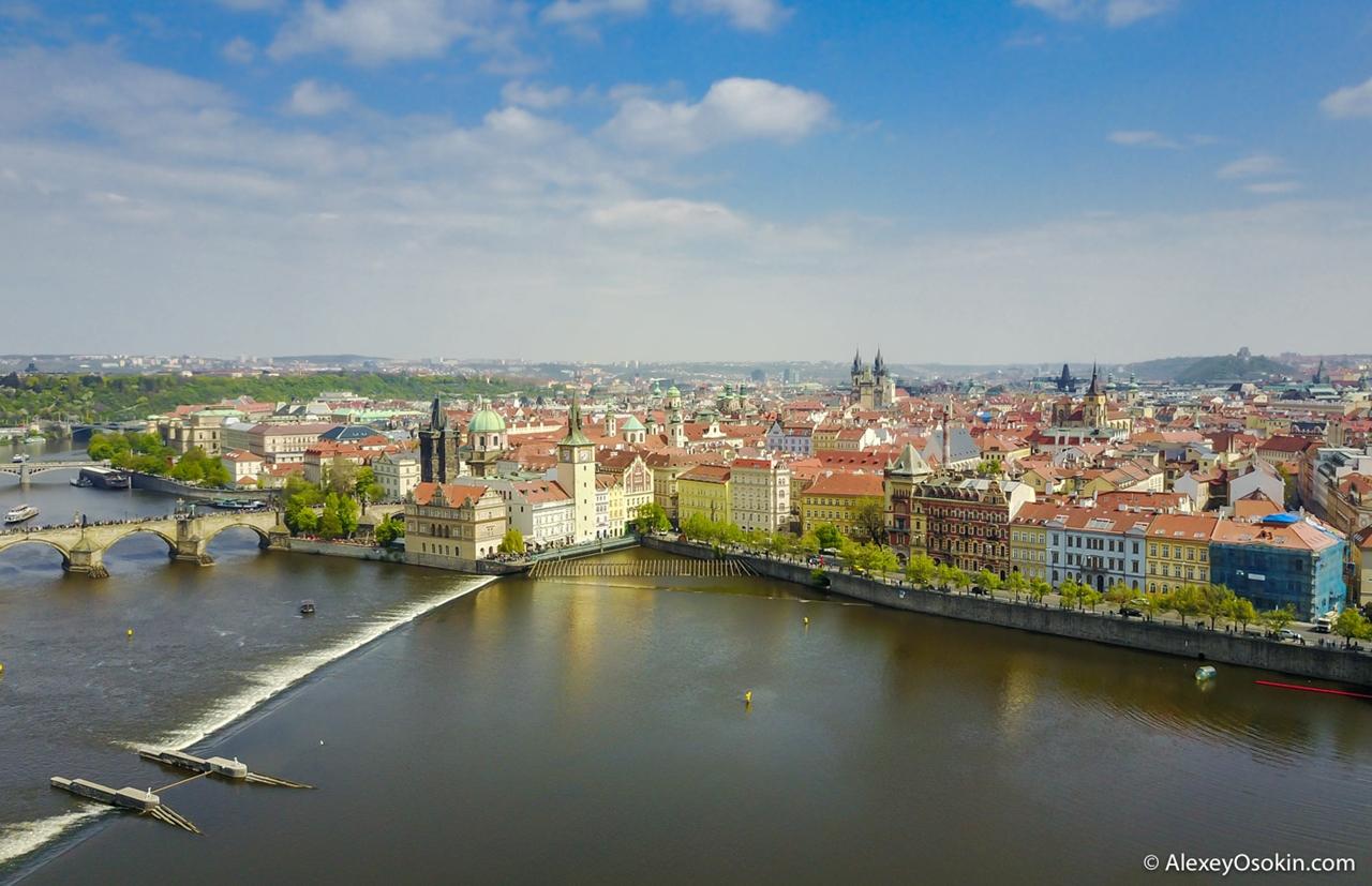 Прага. Летаем над самым красивым городом Европы