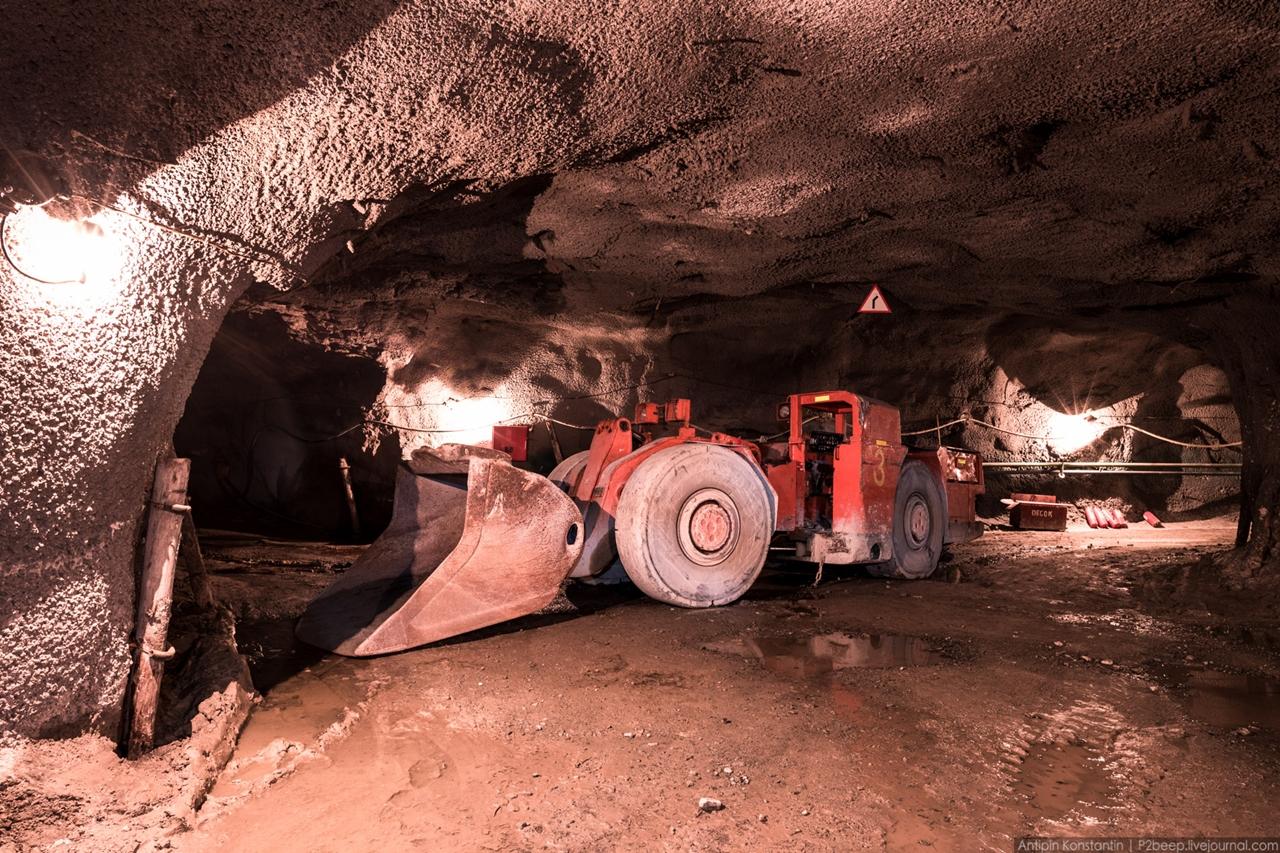 Подземный рудник имени Кирова