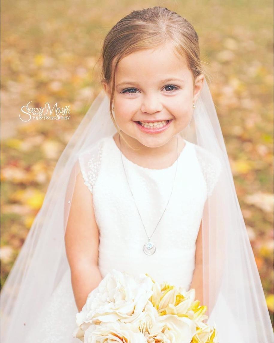 5-летняя девочка с больным сердцем «вышла замуж», снявшись в фотосессии своей мечты